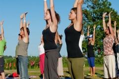 Diverse vormen van yoga, pure wellness en een workshop yogamassage. Genieten van hartverwarmende yoga, natuur, prachtige wandelingen, heerlijke vegetarische voeding en live muziek. Een uitstekend verzorgd yoga wellnessweekend in sfeervolle accommodatie met fijne kamers, nieuw sanitair, mooie lichte yogazaal, sauna incl. entree tot de Veluwse Bron